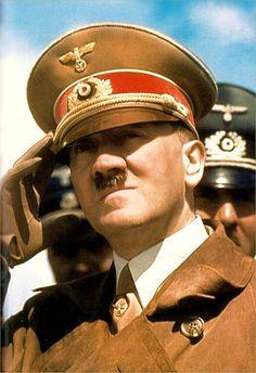 Adolf Hitler Color photo World war II worldwartwo.filminspector.com