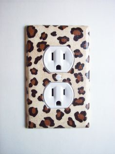 Cheetah Animal Print Outlet Plate, wall decor. $6.95, via Etsy.  --- Just a touch of cheetah