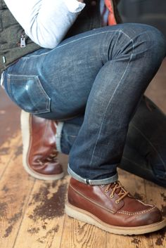 http://www.cuponescodigos.com  Raw denim, Red Wing Boots