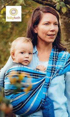 Das Babytuch ist ein Ringsling ohne Ring. Perfekt für den seitlichen Hüftsitz, schnell angelegt und ohne Drücken. Couples, Couple Photos, Handbags, Couple Pics, Couple