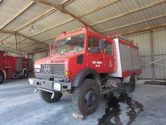 Greek Fire Brigade / Mercedes Benz Unimog / Off Road Pumping ...