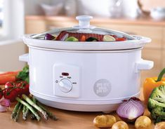 Awesome Crock Pot recipe for Boneless Pork loin roast - Stuff to Try - Roasted Recipe For Boneless Pork, Boneless Pork Loin Roast, Crock Pot Slow Cooker, Crock Pot Cooking, Slow Cooker Recipes, Slow Cooker Dinners, Crock Pots, Cooking Tips, Easy Chicken Recipes