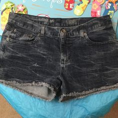 Like new Vans Jean shorts size 11 Size 11 , shorts , fabric is  cotton, polyester and 2% spandex Vans Shorts Jean Shorts