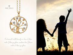 #Halskette #Anhänger #Schmuck #Kette #Geschenk #Decolltee Poems About Life, Jewellery, Schmuck, Life, Gifts, Jewels, Poems On Life, Jewelry Shop, Jewlery