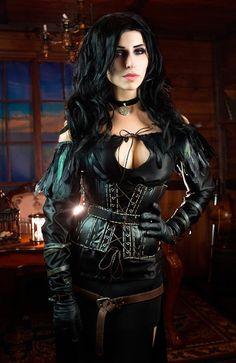 Yennefer of Vengerberg Cosplay by elenasamko on DeviantArt Gothic Girls, Hot Goth Girls, Sexy Hot Girls, Mode Steampunk, Steampunk Cosplay, Goth Beauty, Dark Beauty, Fantasy Women, Fantasy Girl