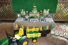 Partylicious E's Birthday / John Deere / tractor - Photo Gallery at Catch My Party John Deere Party, Tractor Birthday, John Deere Tractors, Third Birthday, Birthday Party Themes, Party Ideas, Holidays Events, Tractors, Room