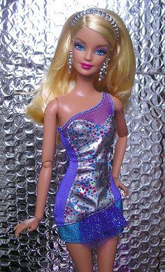 Barbie Fashionista 35.25.3 qw