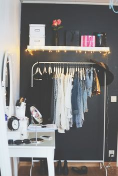 The Accent Every Hip Urban Apartment Needs a simple shelf along side your bed? Apartment Needs, Urban Apartment, Gray Bedroom, Bedroom Decor, Bedroom Ideas, Hip Bedroom, Bedroom Wardrobe, My Room, Dorm Room
