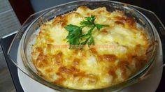 Share:  INGREDIENTE: 1 conopida 300 g smantana 200 g cascaval 2 oua ceapa unt sare, piper MOD DE PREPARARE: Conopida se spala si se taie bucatele. Se pune intr-o oala cu apa si sare, acoperita complet si se lasa 15 minute din momentul in care incepe sa fiarba. Aveti grija sa nu lasati conopida prea mult la fiert deoarece … Baked Potato, Mashed Potatoes, Cooking Recipes, Eggs, Chicken, Baking, Breakfast, Ethnic Recipes, Mariana