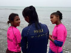 Newsela | Bangladeshi surfer girls ride battered boards and break ancient barriers