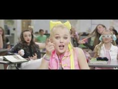 JoJo Siwa - BOOMERANG (Official Video) - YouTube
