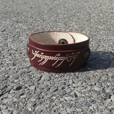Lord Of The Rings Inspired Handmade Leather Bracelet Brown Color - FREE Shipping Wordlwide - One Ring To Rule Them all