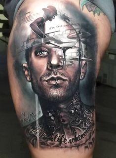 Travis Barker tattoo by Arlo DiCristina at Musink Festival 2018 Music Tattoo Designs, Music Tattoos, Life Tattoos, Body Art Tattoos, Sleeve Tattoos, Cool Tattoos, 3d Tattoos, Awesome Tattoos, Travis Barker Tattoos