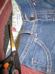 Recycle Denim/Jeans into Reusable parts with virtually no waste.  Instructions for how to cut up old jeans.