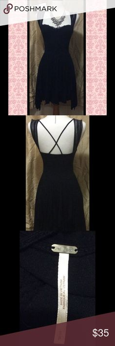 💖Free People Little Black Dress💖 Free People black stretchy dress. From waist down dress is layered. Size Small. Pre-owned. Necklace not included. Free People Dresses Strapless