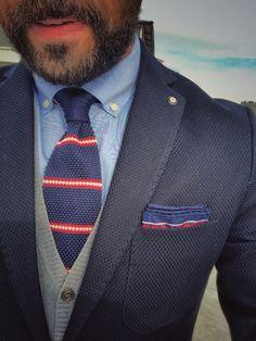 Navy blazer outfits