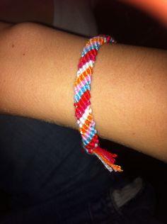 Zelfgemaakt armbandje