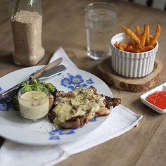 If you want something for dinner, we recommended you our Grilled BBQ Chicken with Brown Sauce ala @carpentierkitchen