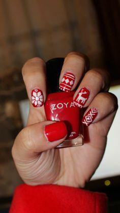 Christmas Sweater Nail Art using Zoya Nail Polish in Carmen!