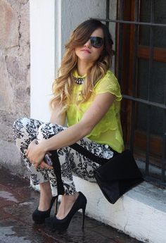 Google Image Result for http://media0.chicisimo.com/thumbs/files/2012/05/zara-yellow-bershka---shirt-blouses~look-index-middle.jpg