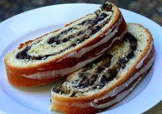 Poppyseed Roll (Makowiec) - love, love this Polish dessert!