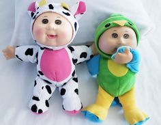 THESE ARE 8 INCH  SUPER CUTE CABBAGE PATCH ANIMAL DOLLS, YOU WILL RECIEVE A GREEN & BLUE DUCK (HE HAS A PACIFER OF HIS VERY OWN) AND A BLACK & WHITE WITH A PINK BELLY, THEY HAVE BEEN PREVIOUSLY USED BUT STILL IN GREAT CONDITION Cabbage Patch Kids Dolls, Blue Green, Super Cute, Black And White, Pink, Animals, Animales, Duck Egg Blue, Black N White