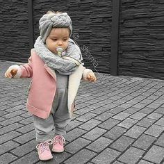 Baby girl look - Kids Fashion Baby Outfits, Outfits Niños, Little Girl Fashion, Toddler Fashion, Kids Fashion, Baby Girl Camo, Cute Baby Girl, Baby Baby, Baby Girls