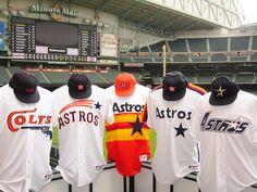 """Durante la temporada 2012, los Astros de Houston, usarán en los juegos de viernes un jersey conmemorativo de su historia """"Flashback Fridays""""."""