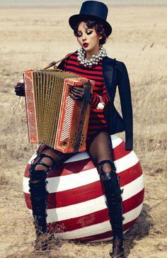 Love Vogue Korea & I want an accordion. Lee Hyori by Hong Jang Hyun for Vogue Korea May. Dark Circus, Circus Art, Circus Clown, Circus Theme, Vogue Korea, Burlesque, Circus Vintage, Vintage Circus Costume, Vintage Carnival