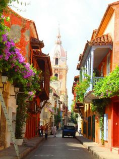 Enchanting Side Streets Around the World Calle de Cartagena, ColombiaCalle de Cartagena, Colombia Places Around The World, Oh The Places You'll Go, Places To Travel, Places To Visit, Around The Worlds, Magic Places, Les Continents, Colombia Travel, South America Travel