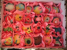 Kirby Cupcakes on Craftster!