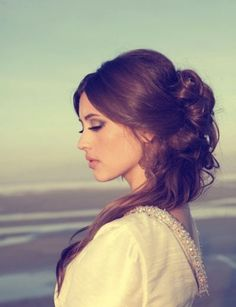Wedding Hair Down-Styles: 5 Bridal Looks