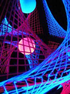 """60x60cm 3D String Art Deko Oktaeder """"Pink Shadow""""  #blacklight #schwarzlicht #stringart #fadendeko #deco #string #art #psy #deco"""