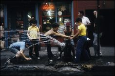NYC 1977 by Richard Kalvar (c) Magnum Photos