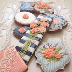 Flowers Cookies // Arty McGoo