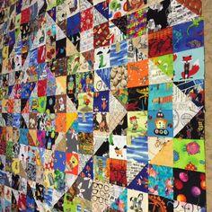 Cross stitch Scrappy quilts i spy, Scrappy quilts pot holders,… Scrappy Quilt Patterns, Scrappy Quilts, Quilt Blocks, Bonnie Hunter, Quilting Projects, Sewing Projects, Quilting Ideas, Sewing Ideas, Fat Quarters