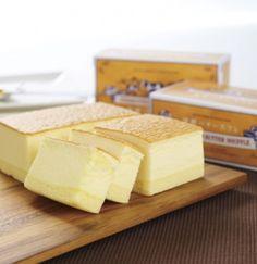 発酵バタースフレは、フランスブルターニュ産発酵バターと北海道産クリームチーズを使用しております。発酵バターがじんわりとしみ出るコクのあるスフレチーズケーキです。