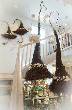Weihnachten Flower Shop Interiors, Advent, Xmas, Christmas Tree, Halloween, Ladder Decor, Christmas Decorations, Crafty, Diy