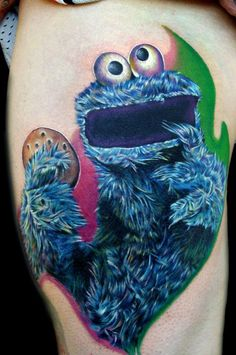 cookie monster by Cecil Porter - Done with fusion ink, the dragonfly tattoo machine, and needles from the glove for the artist Cartoon Tattoos, Boy Tattoos, Body Art Tattoos, Tatoos, Movie Tattoos, Monster Tattoo, Jim Henson, Tattoo E Piercing, Piercings