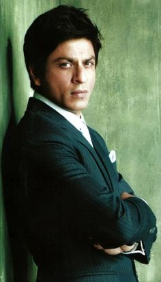Do not give me that look, Shah! Warms my blood. <3