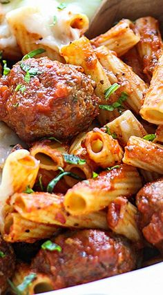 Potato croquettes and minced meat - Clean Eating Snacks Lunch Recipes, Meat Recipes, Pasta Recipes, Cooking Recipes, Baked Ziti With Meatballs, Bbq Meatballs, Parmesan Meatballs, Meatball Pasta Bake, Meatball Subs