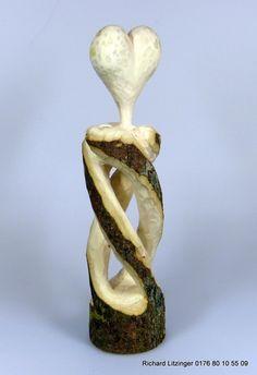 Herz- Stele aus Bergahorn von Ritsche Ratsch Holzkunst auf DaWanda.com