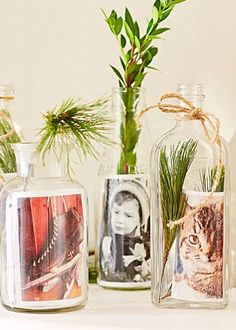 DIY Christmas photo projects - how to make a photo vase. Here's how: http://www.midwestliving.com/holidays/christmas/6-diy-christmas-photo-projects/?page=5