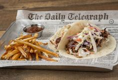 Memphis tacos at Old Crow Smokehouse in Lakeview-Can Wrigleyville sustain another BBQ restaurant? (The answer is yes.)