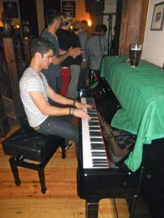 Hi I'm Darren, and I'm that guy. #darrencriss