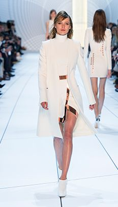 Look 16 Collection automne-hiver 2015 Thierry Mugler