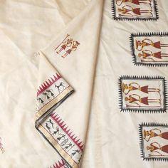 Orissa Beige Tussar Silk Handpainted Saree with Saura Motif Worli Painting, Dress Painting, Fabric Painting On Clothes, Painted Clothes, Saree Painting Designs, Fabric Paint Designs, Fabric Design, Hand Embroidery Videos, Hand Embroidery Designs