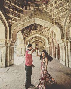 Dance with me ���� #wedding #weddingdress #weddingrings #weddingday #love #portrait #engaged #photography #weddingphotography #beautifulinwhite #weddingram #weddingdairies #indianwedding #weddingsbyyourstruly #smpringselfies http://butimag.com/ipost/1491767149172954864/?code=BSz0lGGDRbw