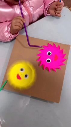 Hand Art Kids, Hand Crafts For Kids, Animal Crafts For Kids, Toddler Crafts, Diy For Kids, Art Activities For Toddlers, Creative Activities For Kids, Preschool Learning Activities, Preschool Crafts
