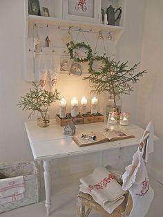 lovely all white christmas.